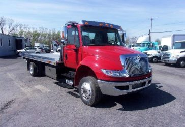 2011 INTERNATIONAL 4300 USED TRUCK